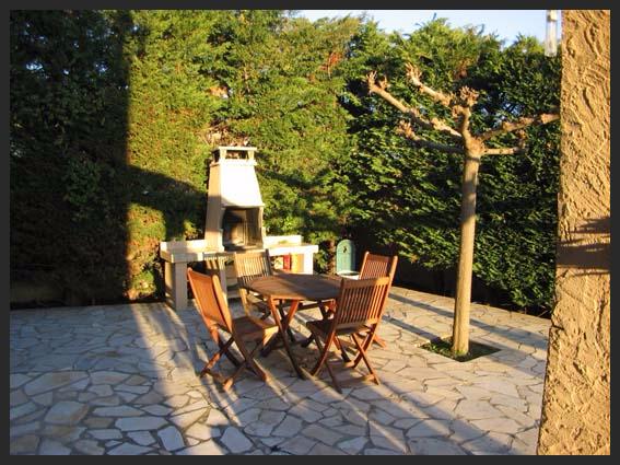 Marseillan french villa holidays for Beau jardin apartments reviews